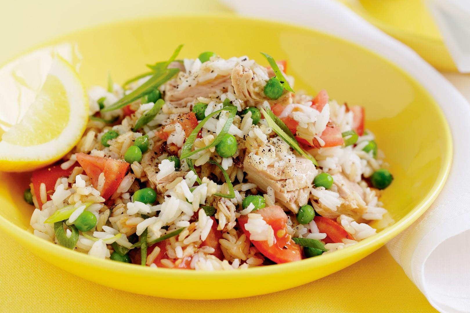 Recetas con at n enlatado muy f ciles mil recetas - Ensalada de arroz y atun ...