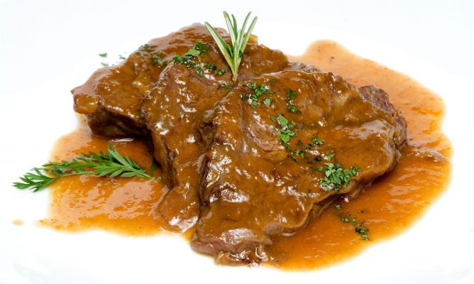 Carne en salsa la m s divina mil recetas - Filetes de carne en salsa ...