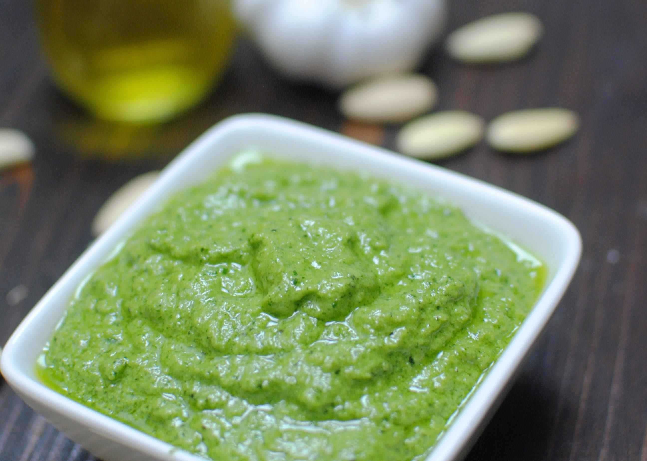 Salsa al pesto una salsa sin cocci n mil recetas - Como se hace la salsa pesto para pasta ...