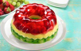 Gelatina con frutas ¡Creatividad comestible!