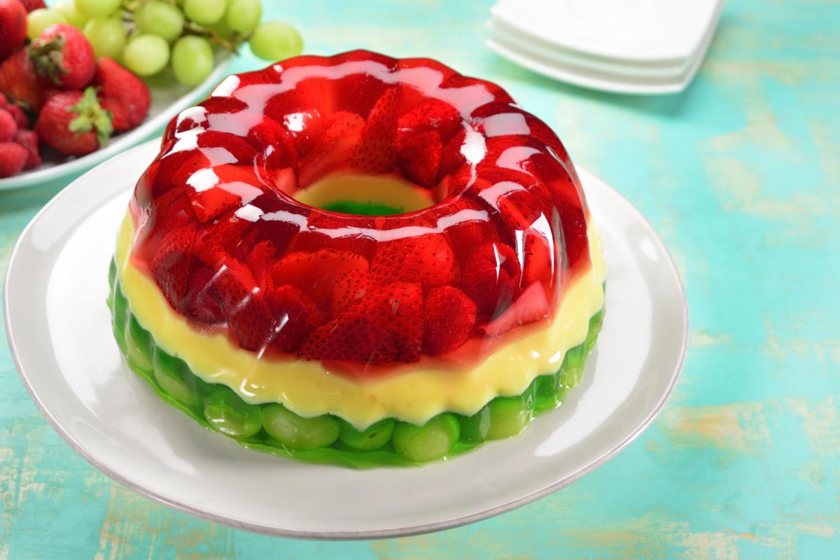 Gelatina con frutas creatividad comestible mil recetas - Postres con gelatina y leche condensada ...