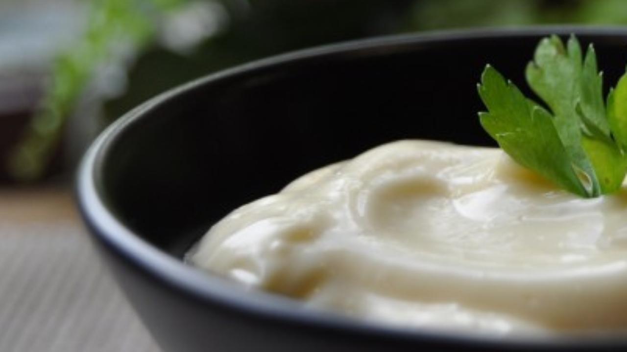Mayonesa Casera: ¡Deliciosa y Fácil de Preparar!