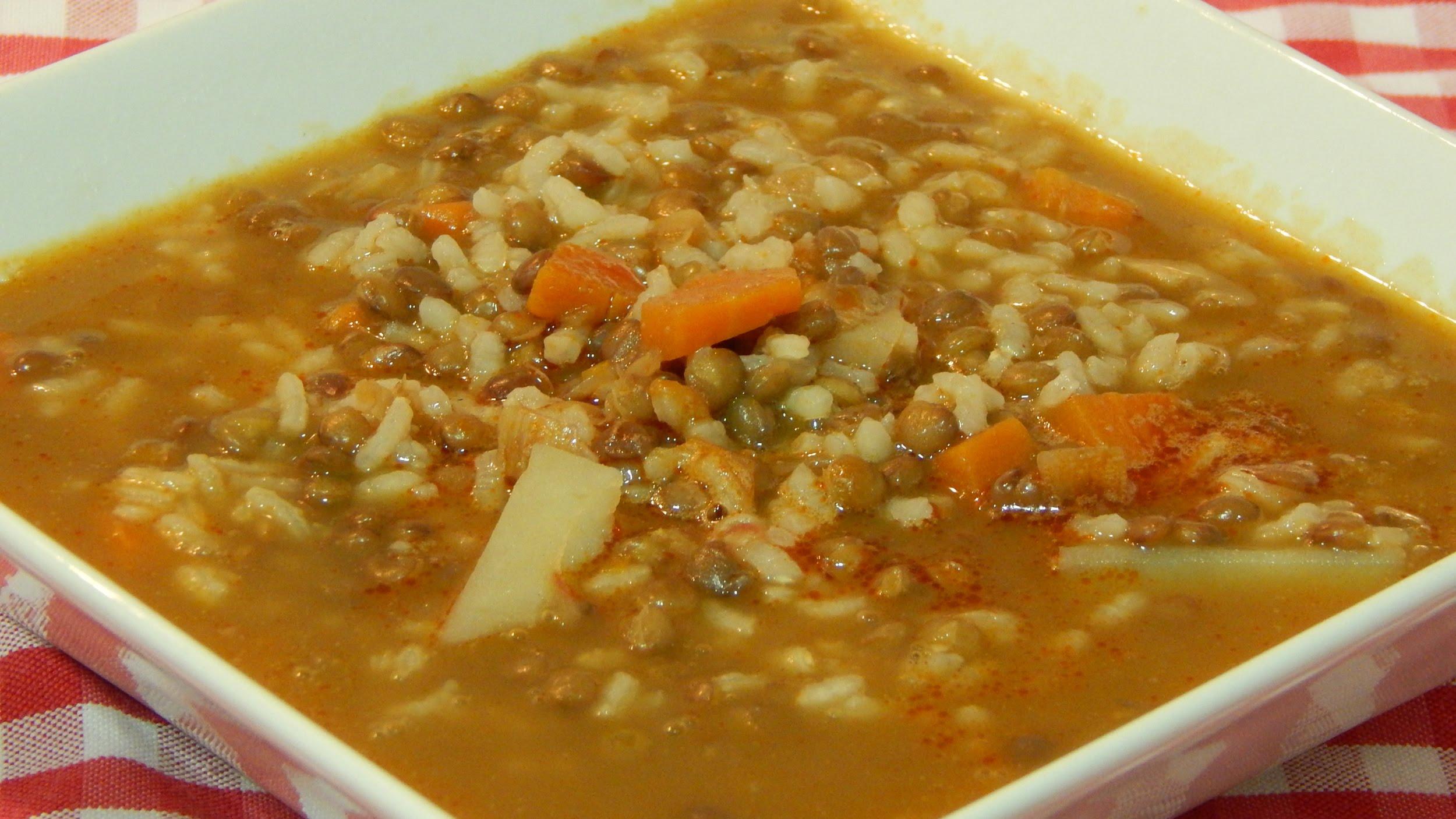 Recetas de cocina rabe arroz con lentejas gustoso y for Cocinar 2 tazas de arroz